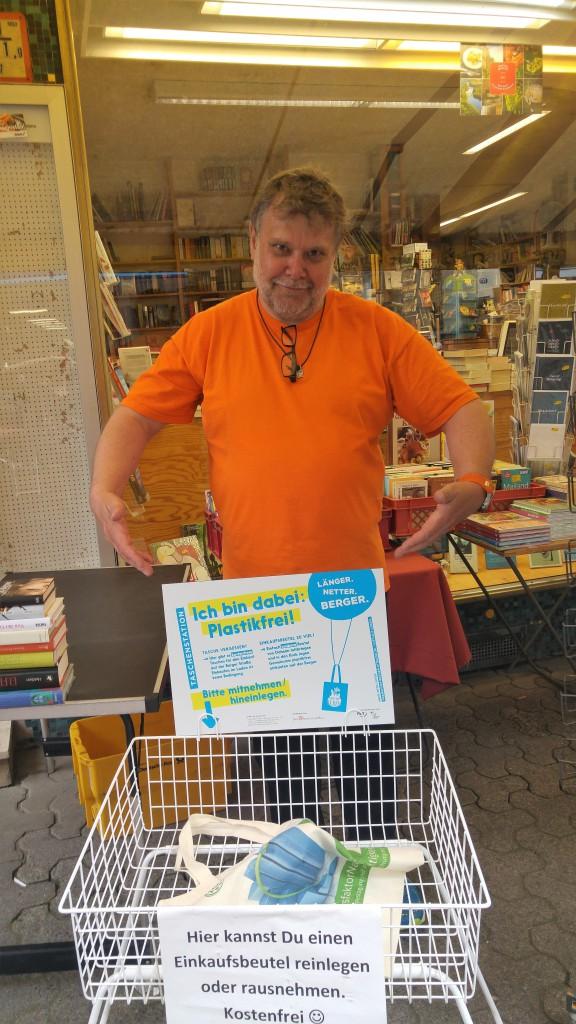 Taschenstation Buchhandlung Berger Straße